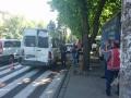 В Днепре троллейбус протаранил маршрутку на остановке: есть пострадавшие