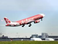 В Австралии авиалайнер прервал полет из-за проблем с двигателем