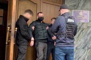 В Киеве задержан бизнесмен: Предлагал следователю взятку в $2 тысячи