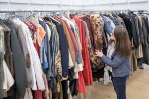 Новый год в одежде с секонд-хенда: Что покупают украинцы