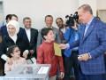 Большинство турок поддержали расширение полномочий Эрдогана