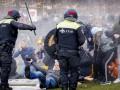 В Нидерландах противники карантина сожгли центр тестирования на COVID-19