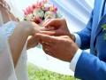 В Украине в пять раз чаще заключают браки, чем разводятся