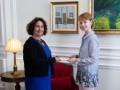 Новый посол Британии начала работу в Украине