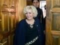 Экс-мэр Славянска Штепа побоялась заходить в здание суда