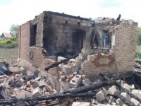 Боевики ДНР попали в склад боеприпасов: в селе взрывы