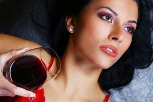 Красное вино ускоряет все, даже мышление