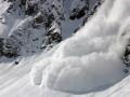 В Швейцарии лавина погребла 10 человек