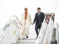 Жена Зеленского прилетела в Эстонию в пальто почти за 1000$