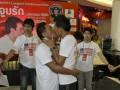 В Таиланде рекорд длительности поцелуя установила гомосексуальная пара