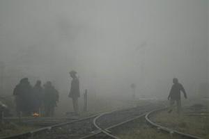 В России после взрывов на военном полигоне горят вагоны с боевыми снарядами