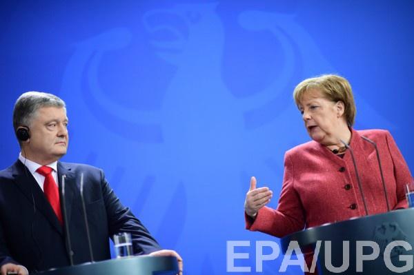 """Меркель предлагает продолжить переговоры в """"нормандском формате"""""""