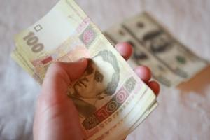 Курсы валют на 11 октября: гривна вернулась к росту
