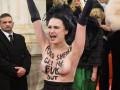 Нашкодившую активистку Femen провел на Венский бал посол РФ - Геращенко