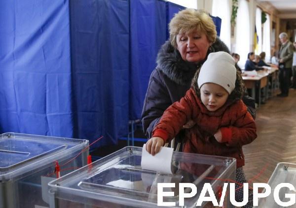 Украинцам показали доходы всех кандидатов в президенты Украины