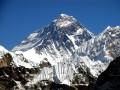 Из-за землетрясения в Непале высота Эвереста уменьшилась
