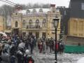 Киевляне митингуют против Черного куба на Андреевском спуске
