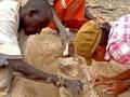Археологи нашли следы первой войны в истории Земли