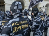 Полиция не заключала договор с Нацдружинами - Аваков