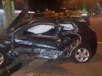 В Киеве автомобиль охраны протаранил Kia: водители пострадали