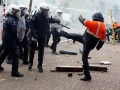 В ходе беспорядков в Бельгии пострадали более 100 полицейских