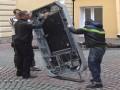 В России демонтировали памятник Стиву Джобсу после признания Тима Кука