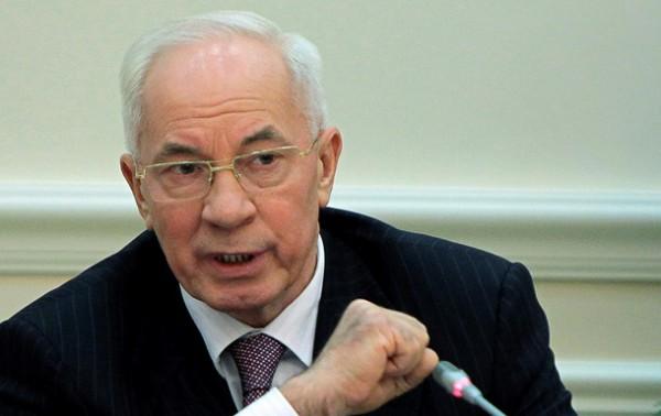 По словам Николая Азарова, Кабмин не давал правоохранителям особых инструкций