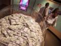 Доллар продолжает расти на межбанке