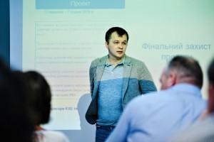 Землю в Украине могут продавать в рассрочку – Милованов