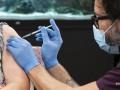 В ЕК предложили уравнять сертификат вакцинации с тестом на COVID-19