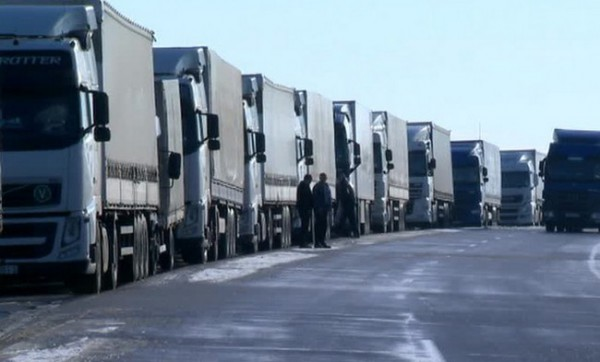 В Российской Федерации уже заблокировано движение 152 украинских фур