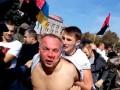Троих подозреваемых в избиении Шуфрича отпустили
