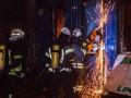 Ночью в Киеве горел строительный рынок Юность