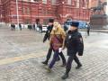 Центр Москвы перекрыт из-за митингов, начались задержания