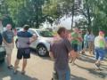 На Закарпатье протестующие блокируют трассу