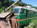Под Одессой грузовой поезд попал в аварию