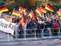 Демонстранты в Хемнице напали на офис Левой партии