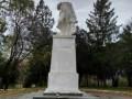 В Молдове снесли голову памятнику Пушкину