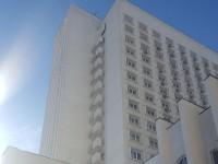 В Киеве с 15 этажа гостиницы выпал мужчина - СМИ