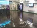 Ливень затопил улицы и метро в Париже