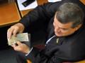 Матпомощь депутатам: как тратят эти миллионы гривен