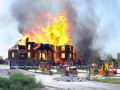 Храм в огне и дома как решето. Фото Донецка и Горловки после обстрела