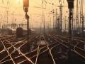 После подрыва ж/д путей на Донбасе поезда пустили в обход