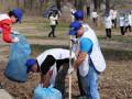 Общегородская толока в столице: киевляне вышли на уборку улиц и парков