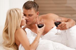 Будь осторожен с алкоголем в постели