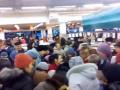 В Тернополе люди толкались в очереди за маслом по 15 грн