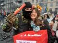 День святого Валентина на Грушевского: Амур на баррикадах и письма для героев