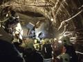 Опубликованы новые фото с места аварии в московском метро
