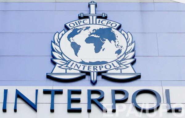 Работник Интерпола стал на скользкий путь бандитизма