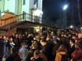 Митингующие под Соломенским судом требуют решения по делу Насирова